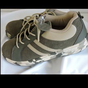 The Children's Place Shoes Suede Camouflage 5